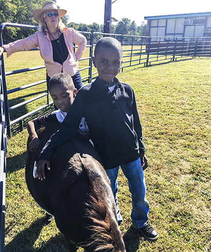 GPA students with horses in Equine Assisted Therapy Program