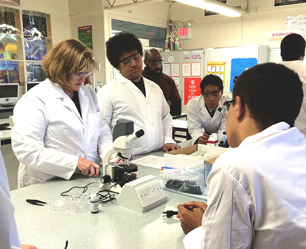 New Garfield Park Academy Chemistry/Biology Science Lab - private special education in Willingboro, NJ